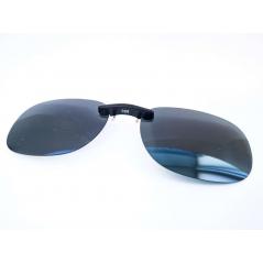 Prisegami poliarizuoti akiniai (juodais lęšiais)